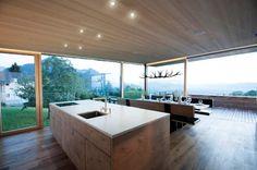 Einfamlienhaus Vorarlberg: moderne Häuser von Thoma Holz GmbH