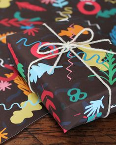 Scattered Leaves wrapping paper by Colourbox (aka Joe Rogers), from Wrap