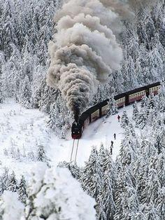 Snow Train, Wernigerode, Germany | New Wonderful Photos More