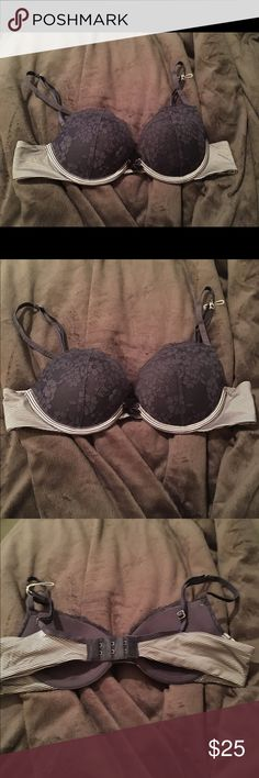NWOT Ella Gel Aerie Blue bra Nwot Ella gel Aeria bra with lace cups and gel support for extra padding in the cups.  The rope from the tags are still on the bra just not the tag. Never worn and cleaning out! Open to offers! Size 32A aerie Intimates & Sleepwear Bras