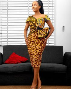 Straight Gown With Butterfly Design African Print Dresses, African Dresses For Women, African Print Fashion, African Wear, African Attire, African Fashion Dresses, Ankara Fashion, African Style, African Beauty