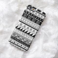 Love this iPhone 6 Case! Black and white Tribal pattern iPhone 6 Case Cute Laptop Cases, Girly Phone Cases, Diy Phone Case, Iphone Phone Cases, Diy Mobile Cover, Mobile Covers, Dark Iphone Backgrounds, Friends Phone Case, 6 Case