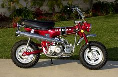 1969 Honda CT70KO 3 Speed Automatic. Shown in one of the original 3 colors used in 1969-1971 for the KO. This is Ruby Red The other 2 colors from 1969-1971 used for the 3 Speeds were Sapphire Blue and Gold
