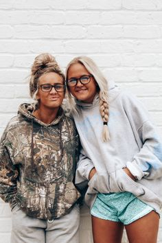 Country Style Outfits, Southern Outfits, Western Outfits, Western Wear, Cute Friend Pictures, Best Friend Photos, Best Friend Goals, Cute Casual Outfits, Girl Outfits