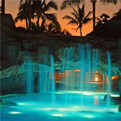 Marriott, Maui, Hawaii #aloha #waterfall #pool #bridge #hotel #accommodation #getaway #beach #tropical