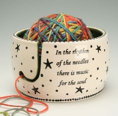 Ceramic Yarn Bowl for Knitting and Crochet, Knit Happy - Hand Painted Stars and Dots Universe, Fiber Twine Bowl, Knitting Quote(Etsy のowlcreekceramicsより) https://www.etsy.com/jp/listing/457485090/ceramic-yarn-bowl-for-knitting-and