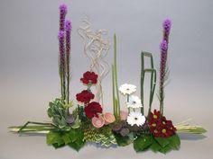 11 Contemporary Parallel Arrangement by flowerstudioiom, via Flickr