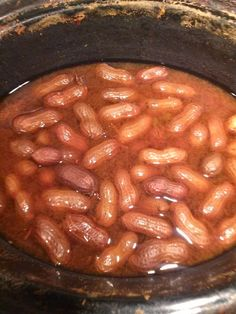 How to make Cajun Boiled Peanuts at home in a crockpot. Best Boiled Peanuts Recipe, Crockpot Boiled Peanuts, Cajun Boiled Peanuts, Boil Peanuts Recipe, Peanut Recipes, Cajun Recipes, Crockpot Recipes, Cooking Recipes, Southern Recipes