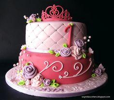 Romantic cake by Sogni di Zucchero, via Flickr