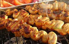 Slovak Recipes, Russian Recipes, Junk Food, Lchf, Snacks, Barbecue, Shrimp, Sausage, Grilling