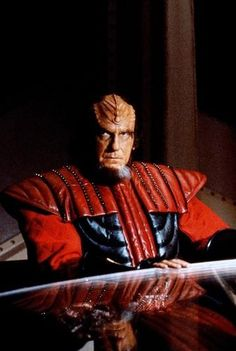Star Trek Vi, Star Trek 1966, Star Trek Ships, Star Wars, Klingon Empire, Star Trek Klingon, Star Trek Characters, Star Trek Movies, Best Science Fiction Series