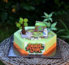 This cake is based on a computer game, made for two kids, both chose one character and I tried to set them into the scene of the game :-)