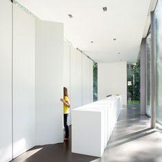 Villa Roces by Govaert & Vanhoutte