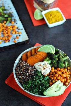 Roasted Veggie Quinoa Bowl #vegan #glutenfree - ilovevegan.com