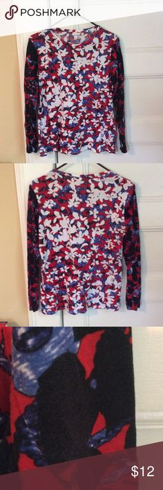 """Peter Pilotto for Target mixed floral tee L Peter Pilotto for Target 🎯 mixed floral tee, very good used condition, minor fuzzing/fading on sleeves, no stains or holes. Size L. About 19.5"""" across bust, 23"""" long. Peter Pilotto for Target Tops Tees - Long Sleeve"""