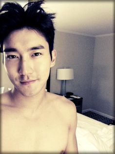 Twitter / siwon: I just woke up. swollen face. ...