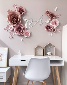 41 Lovely Rose Wall Painting Design Ideas For Home Décor To Try - Roses are famous flowers. During historical past, they've had particular significance and stirred emotions in a assortment of settings. Roses have bee. Paper Flower Wall, Flower Wall Decor, Paper Flowers Diy, Paper Roses, Flower Decorations, Wall Flowers, Flower Room, Butterfly Wall Decor, Felt Roses