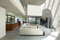 Intérieur, conception, blanc, gris, style, maison, canapé, tv, table basse, coussins, chaises Wallpaper