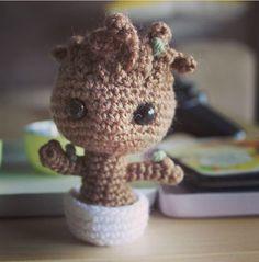 Crochet Groot!
