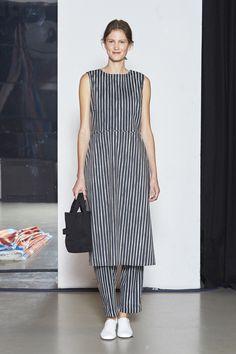 Marimekko Spring 2018 Fashion Show - The Impression New Fashion Trends, Fashion 2018, Fashion News, Fashion Show, Fashion Outfits, Paris Fashion, Fashion Women, Women's Fashion, Casual Dress Outfits