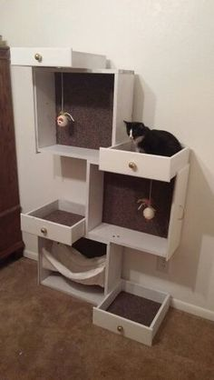 Build your pampered feline a cat tree with old drawers! Build your pampered feline a cat tree with old drawers! Susannetreib susannetreib Katzenspielzeug repurposed furniture etc into easy diy cat […] furniture Pet Furniture, Repurposed Furniture, Furniture Stores, Furniture Market, Rustic Furniture, Luxury Furniture, Furniture Cleaning, Furniture Ideas, Furniture Movers