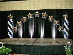 Balloons on the Run provides delivery and on-site construction of complete balloon decorations for parties and events.