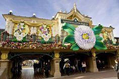 Swing Into Spring | Mainstreet USA Trainstation | Disneyland Paris