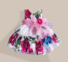 Fashion Dolls For Toddlers Little Dresses, Pretty Dresses, Girls Dresses, Girls Christmas Outfits, Kids Outfits, Baby Girl Dress Patterns, Frocks For Girls, Mom Dress, Baby Gown