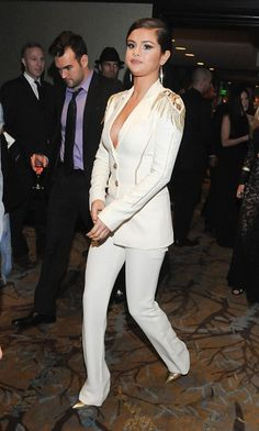 November 8: Selena inside the Recognizing Heroes Gala 2014 in Beverly Hills, California