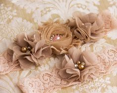Blush lace Bridal Garter Set, Wedding Garter Set, Lace Garters, Vintage Garter…