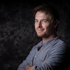 Captain Quinton Ryles (template: Rick Cosnett)
