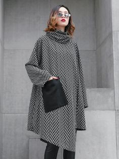 High Neck Loose Striped Irregular D Muslim Fashion, Hijab Fashion, Fashion Dresses, Modest Fashion, Stylish Dresses, Casual Dresses For Women, Hijab Stile, Mode Mantel, Coats For Women