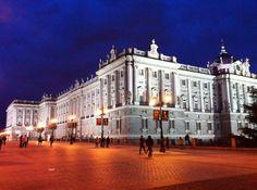 El Palacio Real de noche, espectacular