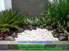 Jasa taman tukang taman karya alam Taman mungil dan indah  Pembuat Taman Hp. 085214115220