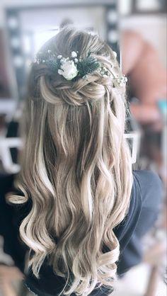 Wedding Curls, Hair Looks, Bridal Hair, Long Hair Styles, Beauty, Fashion, Moda, Fashion Styles, Style Of Hair