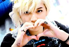 No!!! Ren stay away from me~~  *aron biased*