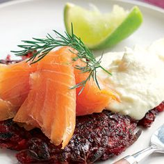 Smoked Salmon Rosti Recipe Smoked Salmon Recipes, Fish Recipes, Horseradish Cream, Healthiest Seafood, Beetroot, Beets, Starters, Dinner, Lasagna