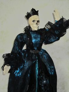 He is eternally dancing. This Guy measures 25 tall is sure to make your Halloween a Macabre one! Classy Halloween, Halloween Doll, Halloween Goodies, Thanks Mom, Halloween Pictures, Macabre, Skeleton, Halloween Decorations, Dancing