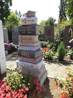 Bildhauer und Plastiker - Rafael Häfliger - The way of the stone - Stein ist unsere Leidenschaft! Cemetery Monuments, Cemetery Statues, Cemetery Headstones, Old Cemeteries, Cemetery Art, Graveyards, Angel Statues, Unusual Headstones, Famous Graves