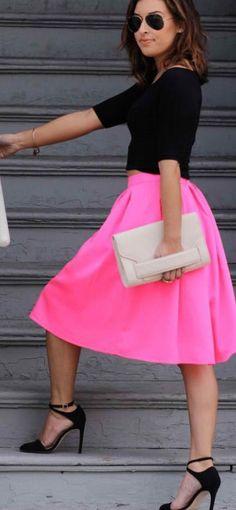 Hot In the Act Neon Pink Midi Skirt - Lulus. I'm obsessed Fashion Mode, Moda Fashion, Fashion Beauty, Street Fashion, Runway Fashion, Fashion Trends, Pink Midi Skirt, Dress Skirt, Midi Skirts