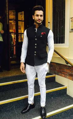 We take a look at the various style lessons from Rohit Khandelwal Indian Wedding Clothes For Men, Wedding Kurta For Men, Wedding Dress Men, Indian Wedding Outfits, Engagement Dress For Men, Casual Wedding Outfits For Men, Indian Weddings, Men's Wedding Wear, Unique Weddings