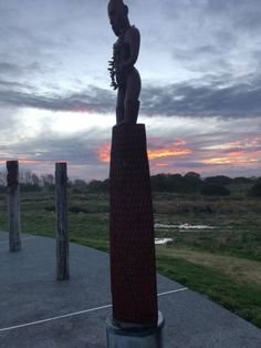 Book New Zealand tailored tours, authentic Maori tours NZ. Shop boutique and hand-crafted products, original New Zealand artwork and NZ Kiwana. Maori Tribe, Local Tour, Chinese Culture, Ocean Waves, Perfect Photo, Canoe, Fresh Water, New Zealand, Pai