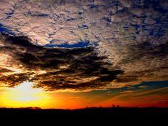 Sonnenaufgang über Recklinghausen (Photoshop-dramatisiert)