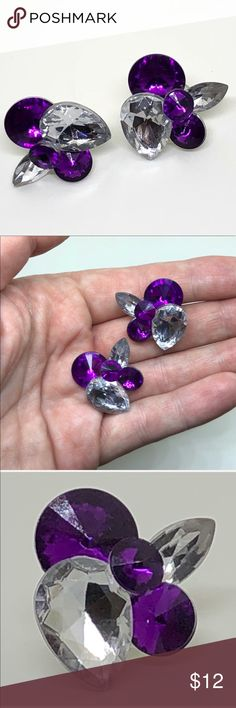 🆕Vintage Purple Rhinestone Cluster Earrings A pair of pierced earrings from the 90s in a rhinestone cluster design. Clear and Purple Acrylic rhinestones dazzle and shine in these glamorous earrings! In excellent vintage condition. Will be shipped with Comfort Clutch earring backs! Vintage Jewelry Earrings