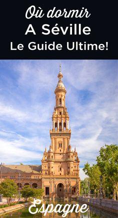 Se loger à Seville Unusual Buildings, Seville Spain, Destination Voyage, Spain And Portugal, Andalusia, Spain Travel, Abandoned Places, Travel Destinations, Spain