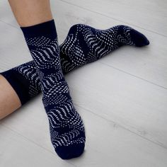 Seriously Silly Socks - Flow design luxury combed cotton socks by Ballonet, £7.00 (http://www.seriouslysillysocks.com/flow-design-luxury-combed-cotton-socks-by-ballonet/)