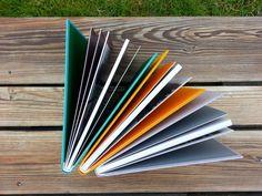 Kolorowe środki i kolorowe okładki.
