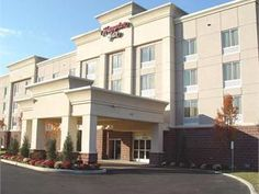 Clifton Park (NY) Hampton Inn Clifton Park United States, North America Located in Clifton Park, Hampton Inn Clifton Park is a perfect starting point from which to explore Clifton Park (NY). Both business travelers and tourists can enjoy the hotel's facilities and services. Take advantage of the hotel's 24-hour front desk, facilities for disabled guests, express check-in/check-out, Wi-Fi in public areas, car park. Comfortable guestrooms ensure a good night's sleep with some ro...
