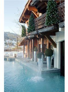 Le Spa Sisley du Chalet du Mont d'Arbois http://www.vogue.fr/beaute/carnet-d-adresses/diaporama/spa-luxe/18184/image/990854#!le-spa-sisley-du-chalet-du-mont-d-arbois