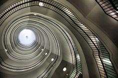 Poznan Poland, Okrąglak, widok na klatkę schodową [fot. Radosław Maciejewski]